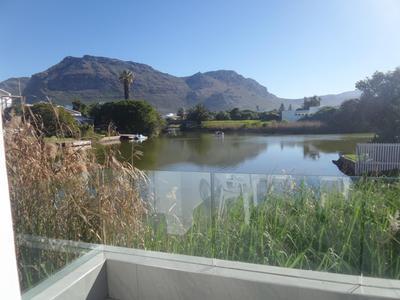 Property For Rent in Marina Da Gama, Cape Town