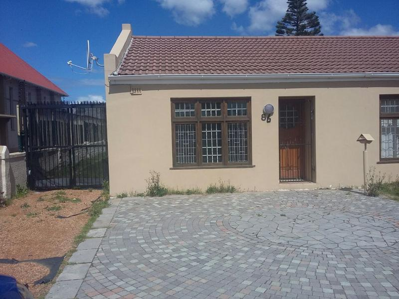 Property For Rent in Kenwyn, Cape Town 2