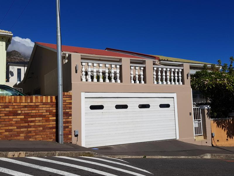 Property For Rent in Walmer Estate, Cape Town 2