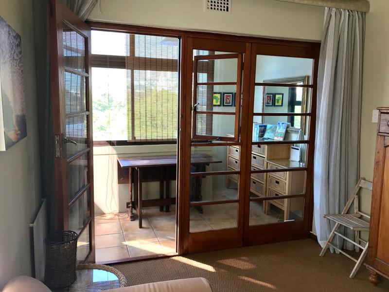 Property For Rent in Cape Town, Cape Town 2