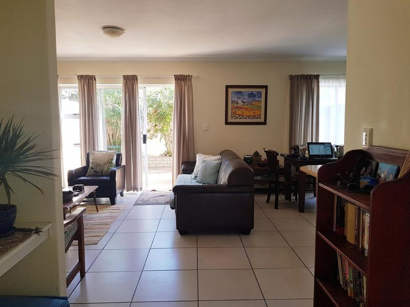 Property For Rent in Bloubergstrand, Cape Town 3