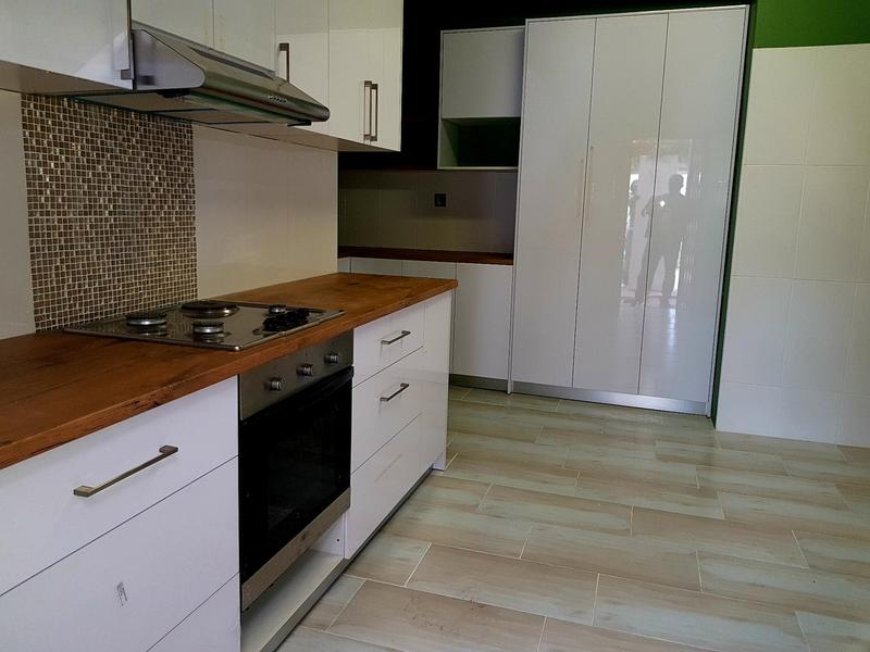 Property For Rent in Rondebosch, Cape Town 7