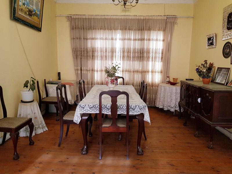 Property For Sale in Walmer Estate, Cape Town 11