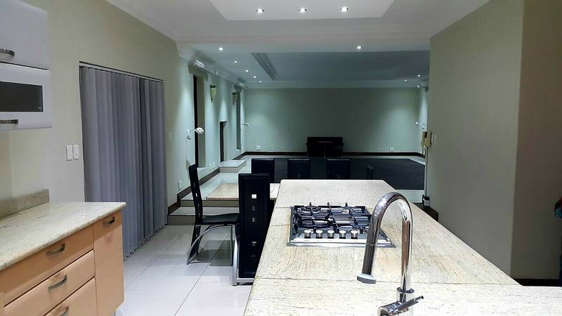 Property For Rent in Bloubergstrand, Cape Town 9