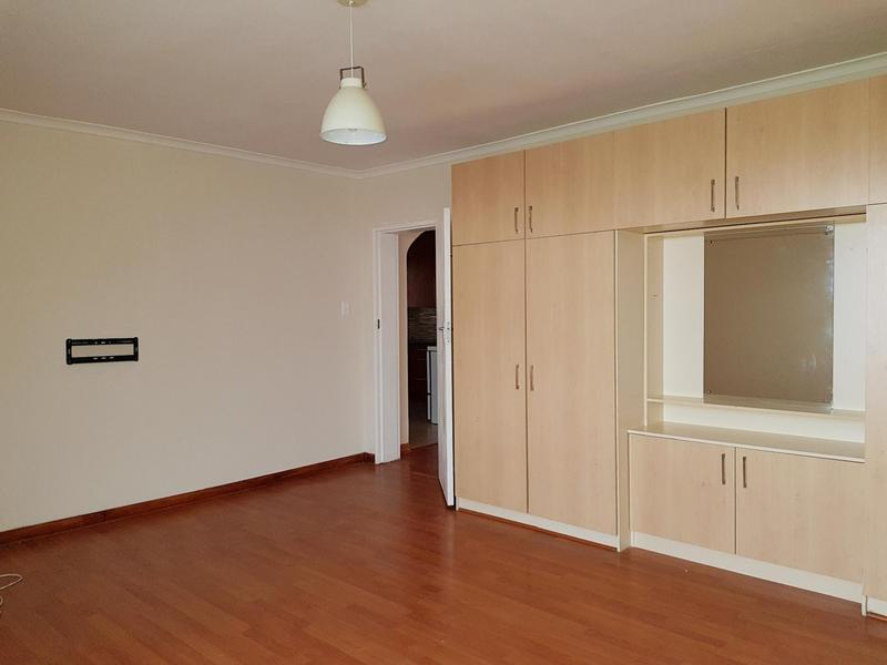 Property For Rent in Walmer Estate, Cape Town 6