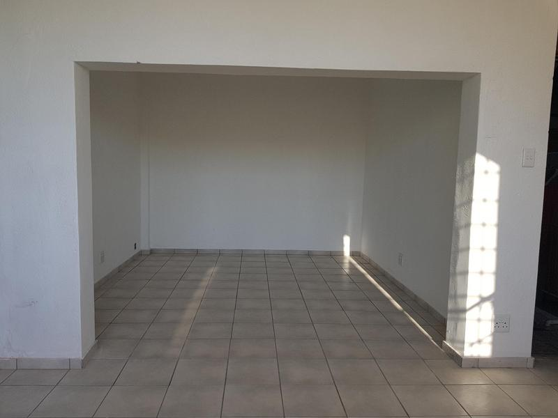 Property For Rent in Woodstock, Cape Town 4