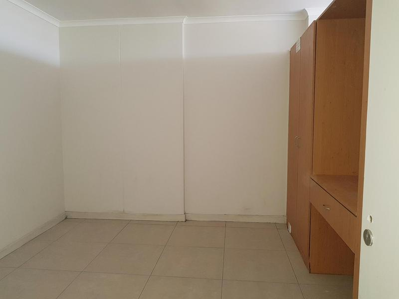 Property For Rent in Woodstock, Cape Town 11