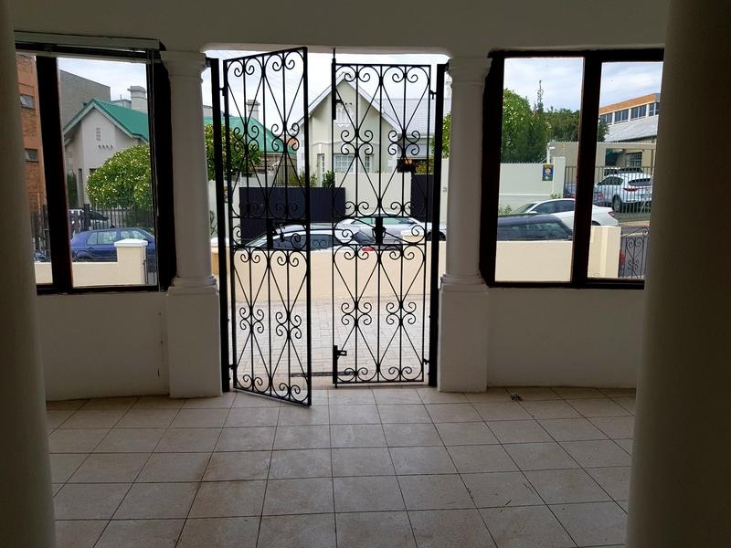 Property For Rent in Woodstock Upper, Cape Town 3