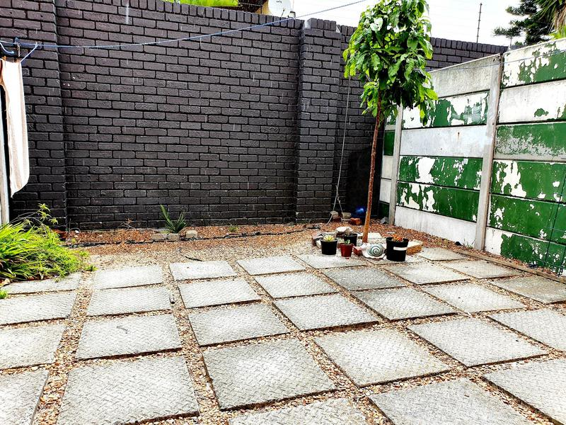 Property For Rent in Lansdowne, Cape Town 11