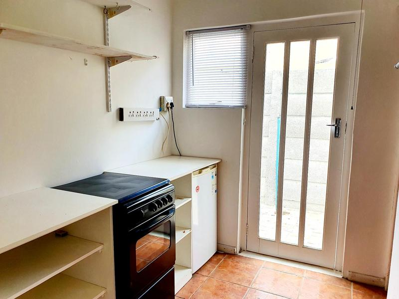 Property For Rent in Pinelands, Cape Town 4