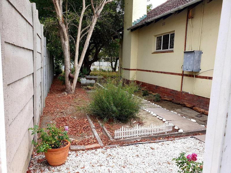 Property For Rent in Pinelands, Cape Town 8