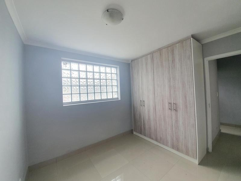 Property For Rent in Thornton, Cape Town 11