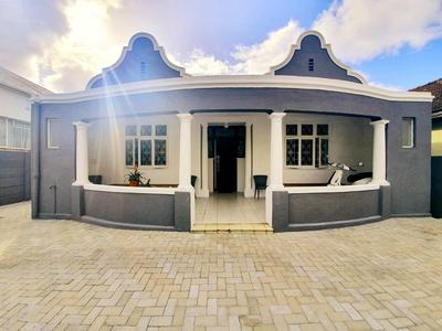 House For Sale in Woodstock Upper, Cape Town