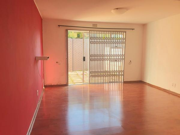 Property For Rent in Lansdowne, Cape Town