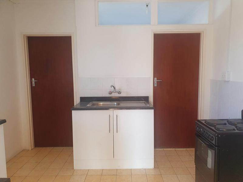 Property For Rent in Penlyn Estate, Cape Town 9