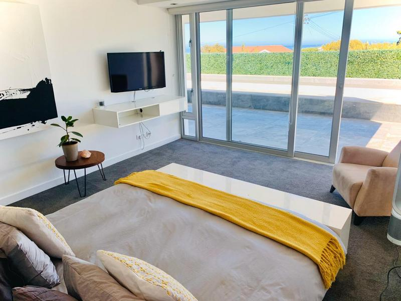 Property For Rent in Camps Bay, Cape Town 13