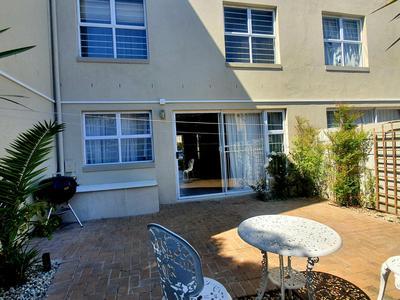 Townhouse For Sale in Parklands, Cape Town